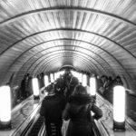 作品「地下動脈(Moscow underground arteria)」